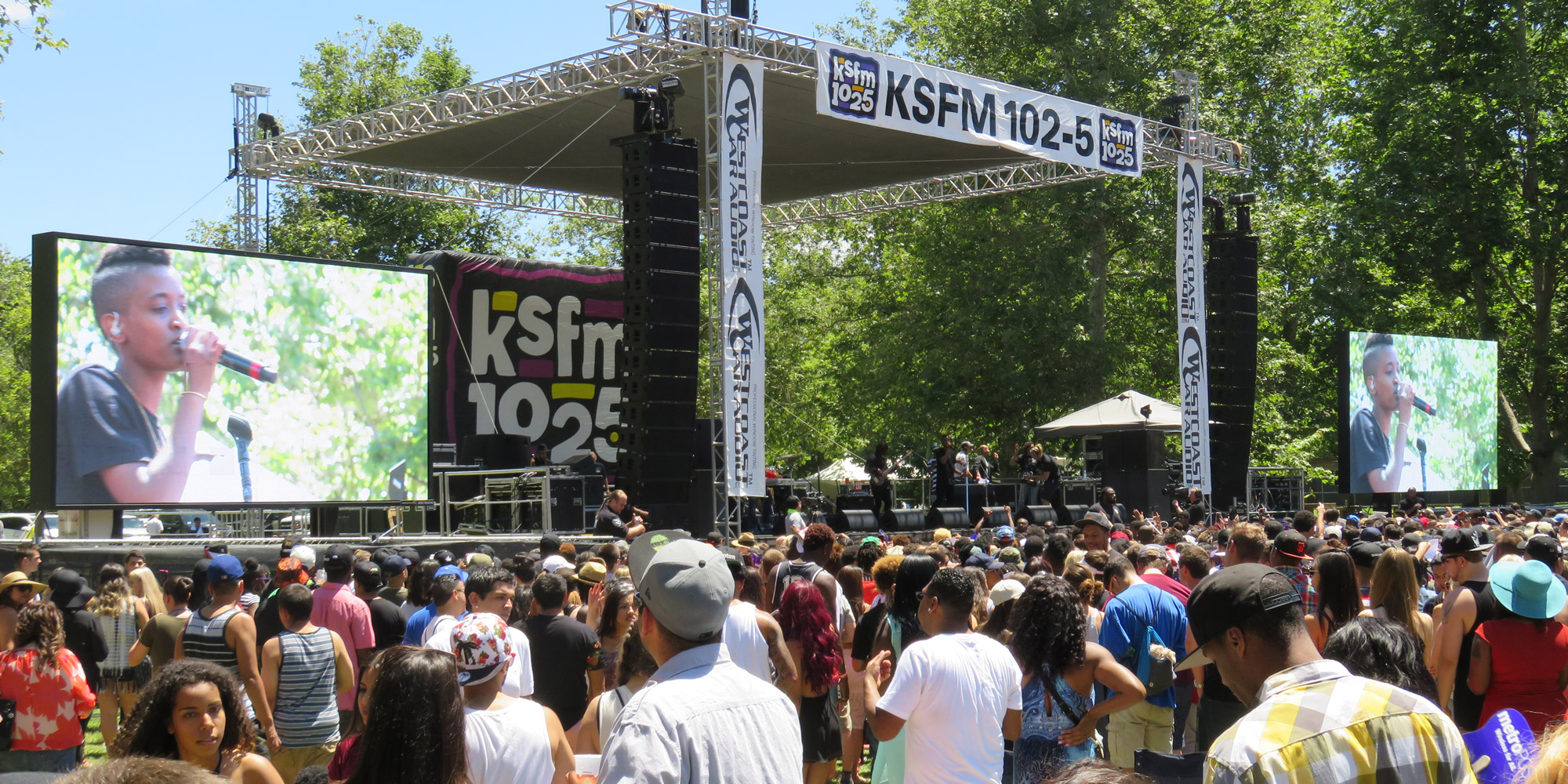 JumboVision Mobile LED Screen at KSFM Concert